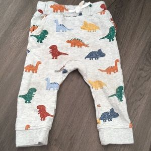 H&M Dino sweats 9-12M